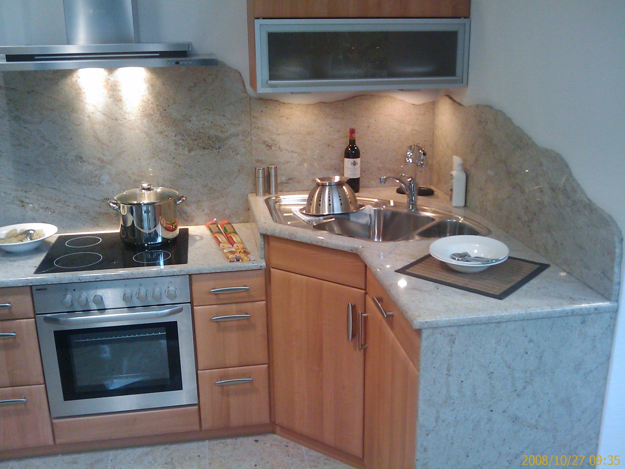 Küchenplatte weiß aus Granit