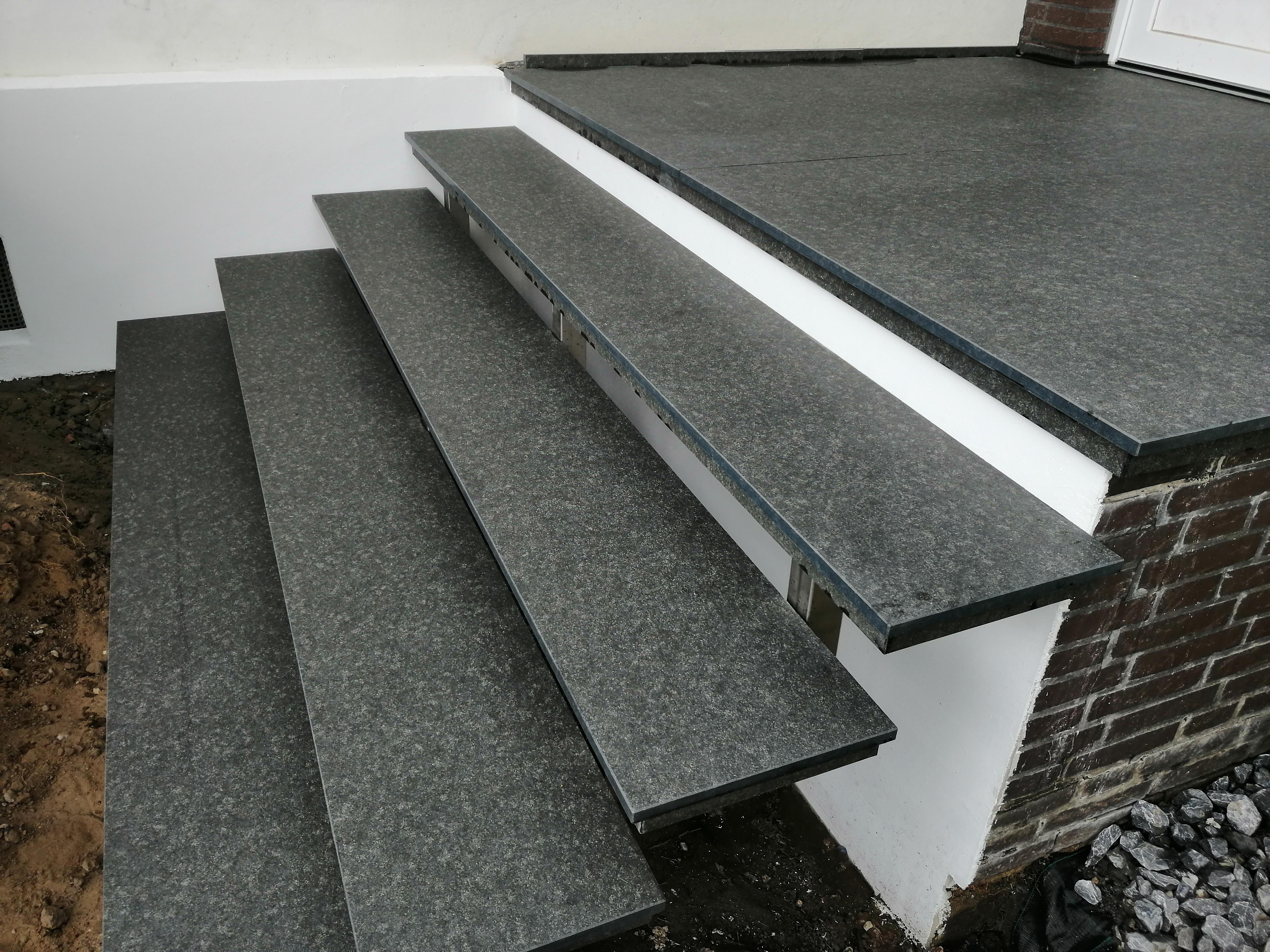 Granit Eingangspodest.