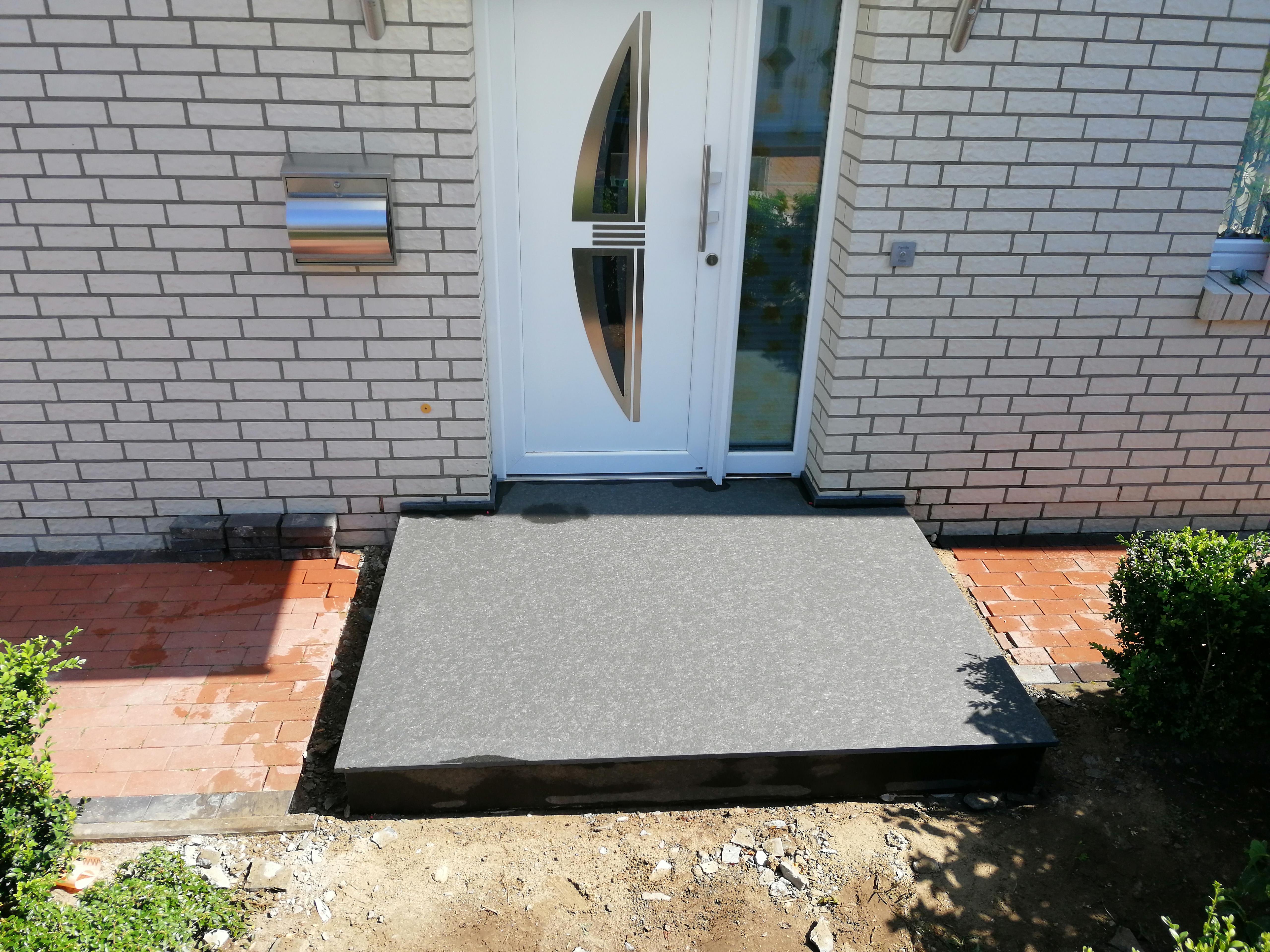 Granit Eingangspodest(2)